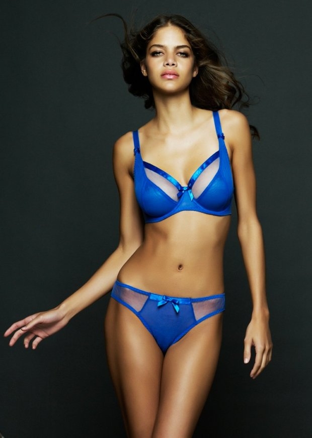 Miss Mandalay Paris in Ultra Blue